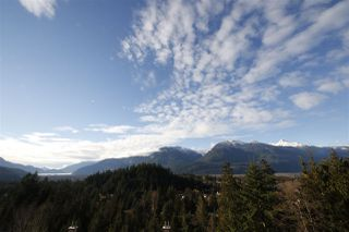"Photo 4: 11 1026 GLACIER VIEW Drive in Squamish: Garibaldi Highlands Townhouse for sale in ""Seasons View"" : MLS®# R2326220"