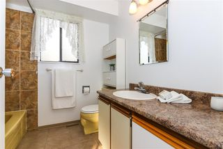 Photo 13: 15041 88A Avenue in Surrey: Bear Creek Green Timbers House for sale : MLS®# R2326448