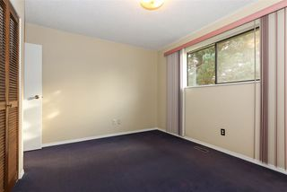 Photo 10: 15041 88A Avenue in Surrey: Bear Creek Green Timbers House for sale : MLS®# R2326448