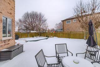Photo 19: 36 Bentonwood Crescent in Whitby: Pringle Creek House (2-Storey) for sale : MLS®# E4325619