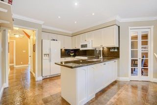 Photo 11: 36 Bentonwood Crescent in Whitby: Pringle Creek House (2-Storey) for sale : MLS®# E4325619