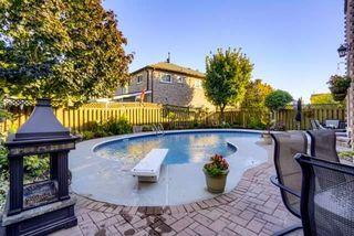 Photo 16: 36 Bentonwood Crescent in Whitby: Pringle Creek House (2-Storey) for sale : MLS®# E4325619