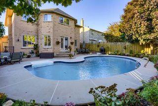 Photo 17: 36 Bentonwood Crescent in Whitby: Pringle Creek House (2-Storey) for sale : MLS®# E4325619