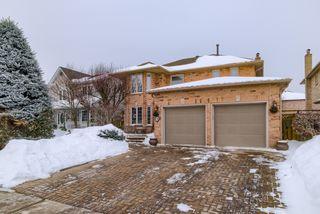Photo 2: 36 Bentonwood Crescent in Whitby: Pringle Creek House (2-Storey) for sale : MLS®# E4325619