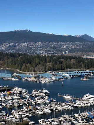 """Photo 11: 2403 1211 MELVILLE Street in Vancouver: Coal Harbour Condo for sale in """"THE RITZ"""" (Vancouver West)  : MLS®# R2328944"""