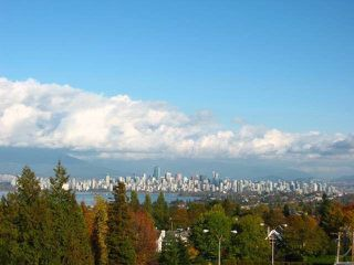 """Photo 16: 502 2580 TOLMIE Street in Vancouver: Point Grey Condo for sale in """"Point Grey Place"""" (Vancouver West)  : MLS®# R2334008"""