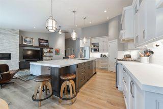Main Photo: 707 BURTON Crescent in Edmonton: Zone 14 House for sale : MLS®# E4141922