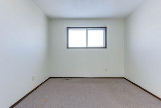 Photo 20: 6712 149 Avenue in Edmonton: Zone 02 House Half Duplex for sale : MLS®# E4142899