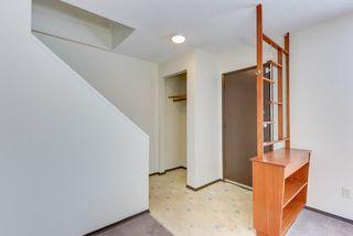 Photo 2: 6712 149 Avenue in Edmonton: Zone 02 House Half Duplex for sale : MLS®# E4142899