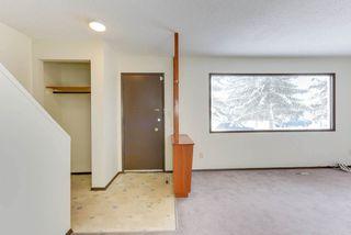 Photo 3: 6712 149 Avenue in Edmonton: Zone 02 House Half Duplex for sale : MLS®# E4142899