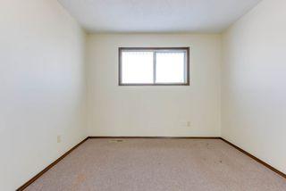 Photo 21: 6712 149 Avenue in Edmonton: Zone 02 House Half Duplex for sale : MLS®# E4142899