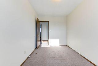 Photo 19: 6712 149 Avenue in Edmonton: Zone 02 House Half Duplex for sale : MLS®# E4142899
