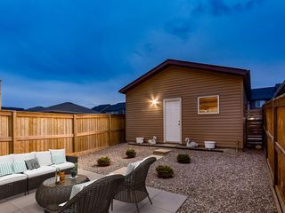 Photo 34: 49 LEGACY Mews SE in Calgary: Legacy Semi Detached for sale : MLS®# C4225776