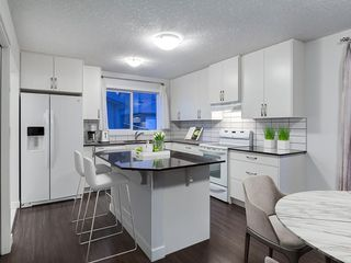 Photo 10: 49 LEGACY Mews SE in Calgary: Legacy Semi Detached for sale : MLS®# C4225776
