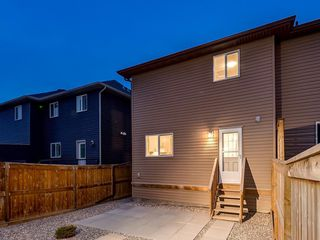 Photo 32: 49 LEGACY Mews SE in Calgary: Legacy Semi Detached for sale : MLS®# C4225776