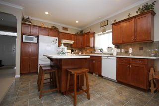 Photo 4: 33601 CHERRY Avenue in Mission: Mission BC House for sale : MLS®# R2340036