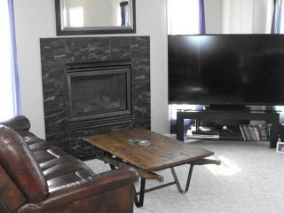 Photo 5: 5105 54A Street: Elk Point House for sale : MLS®# E4143669