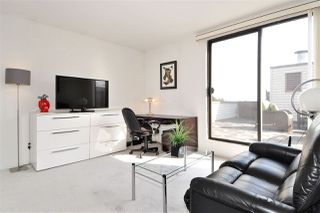 """Photo 14: PH2 225 SIXTH Street in New Westminster: Queens Park Condo for sale in """"ST. GEORGE'S MANOR"""" : MLS®# R2349287"""