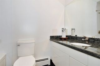 """Photo 18: PH2 225 SIXTH Street in New Westminster: Queens Park Condo for sale in """"ST. GEORGE'S MANOR"""" : MLS®# R2349287"""