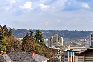 """Photo 7: PH2 225 SIXTH Street in New Westminster: Queens Park Condo for sale in """"ST. GEORGE'S MANOR"""" : MLS®# R2349287"""