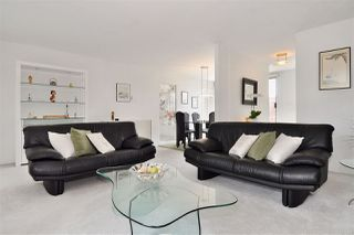 """Photo 11: PH2 225 SIXTH Street in New Westminster: Queens Park Condo for sale in """"ST. GEORGE'S MANOR"""" : MLS®# R2349287"""