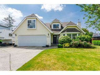 """Main Photo: 19786 34A Avenue in Langley: Brookswood Langley House for sale in """"Meadowbrook"""" : MLS®# R2357666"""