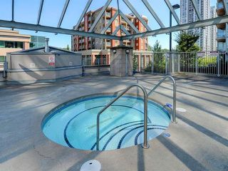 """Photo 4: 1904 2978 GLEN Drive in Coquitlam: North Coquitlam Condo for sale in """"Grand Central"""" : MLS®# R2359095"""