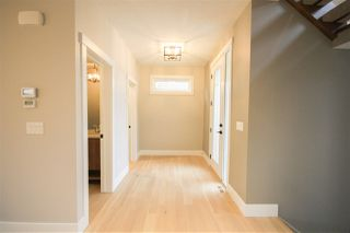Photo 2: 3978 Kennedy Crescent in Edmonton: Zone 56 House for sale : MLS®# E4153534