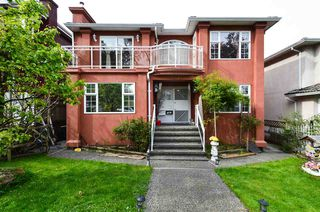 Main Photo: 3463 E 4TH Avenue in Vancouver: Renfrew VE House for sale (Vancouver East)  : MLS®# R2364828