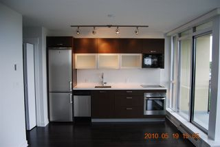 "Photo 1: 1204 10777 UNIVERSITY Drive in Surrey: Whalley Condo for sale in ""CITYPOINT"" (North Surrey)  : MLS®# R2371422"