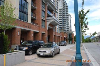 "Photo 9: 1204 10777 UNIVERSITY Drive in Surrey: Whalley Condo for sale in ""CITYPOINT"" (North Surrey)  : MLS®# R2371422"