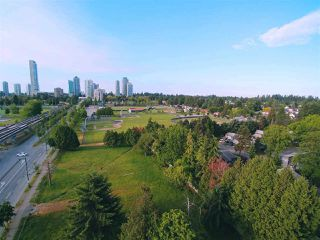 "Photo 5: 1204 10777 UNIVERSITY Drive in Surrey: Whalley Condo for sale in ""CITYPOINT"" (North Surrey)  : MLS®# R2371422"