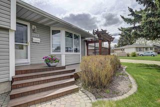 Main Photo: 1919 GLENMORE Avenue: Sherwood Park House for sale : MLS®# E4158340