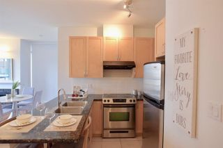 "Photo 6: 903 6823 STATION HILL Drive in Burnaby: South Slope Condo for sale in ""Belvedere"" (Burnaby South)  : MLS®# R2385263"