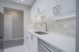 """Photo 2: 210 11771 KING Road in Richmond: Ironwood Townhouse for sale in """"KINGSWOOD DOWNES"""" : MLS®# R2386819"""