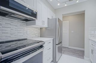 """Photo 3: 210 11771 KING Road in Richmond: Ironwood Townhouse for sale in """"KINGSWOOD DOWNES"""" : MLS®# R2386819"""