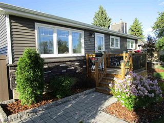 Photo 2: 5312 90 Avenue in Edmonton: Zone 18 House for sale : MLS®# E4169299