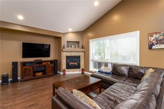 Photo 2: 41 Durum Drive in Brandon: Parkdale Residential for sale (B13)  : MLS®# 1923441