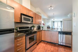 Photo 7: 4 935 EWEN AVENUE in New Westminster: Queensborough Townhouse for sale : MLS®# R2355621