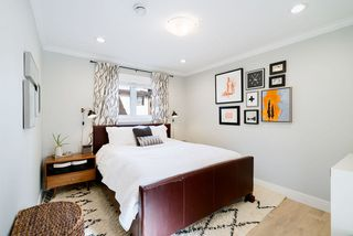 Photo 12: 1410 E 1ST AVENUE in Vancouver: Grandview Woodland House 1/2 Duplex for sale (Vancouver East)  : MLS®# R2402458