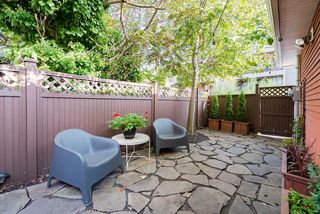 Photo 19: 1410 E 1ST AVENUE in Vancouver: Grandview Woodland House 1/2 Duplex for sale (Vancouver East)  : MLS®# R2402458