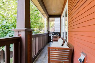 Photo 20: 1410 E 1ST AVENUE in Vancouver: Grandview Woodland House 1/2 Duplex for sale (Vancouver East)  : MLS®# R2402458