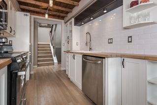 Photo 5: 211 141 18TH STREET in North Vancouver: Home for sale : MLS®# R2060329