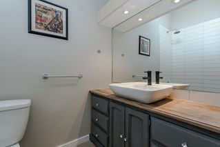 Photo 13: 211 141 18TH STREET in North Vancouver: Home for sale : MLS®# R2060329