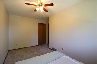 Photo 17: 52 Red Oak Drive in Winnipeg: Oakwood Estates Residential for sale (3H)  : MLS®# 202018136