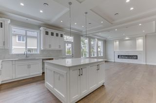 """Photo 17: 3353 PASSAGLIA Place in Coquitlam: Burke Mountain House for sale in """"PASSAGLIA PLACE"""" : MLS®# R2482768"""