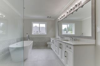 """Photo 3: 3353 PASSAGLIA Place in Coquitlam: Burke Mountain House for sale in """"PASSAGLIA PLACE"""" : MLS®# R2482768"""