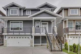 """Photo 2: 3353 PASSAGLIA Place in Coquitlam: Burke Mountain House for sale in """"PASSAGLIA PLACE"""" : MLS®# R2482768"""