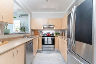 """Photo 11: 4 123 SEVENTH Street in New Westminster: Uptown NW Townhouse for sale in """"Royal City Terrace"""" : MLS®# R2498360"""