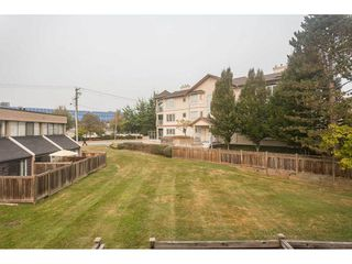"""Photo 16: 102 17718 60 Avenue in Surrey: Cloverdale BC Townhouse for sale in """"CLOVER PARK GARDENS"""" (Cloverdale)  : MLS®# R2498057"""